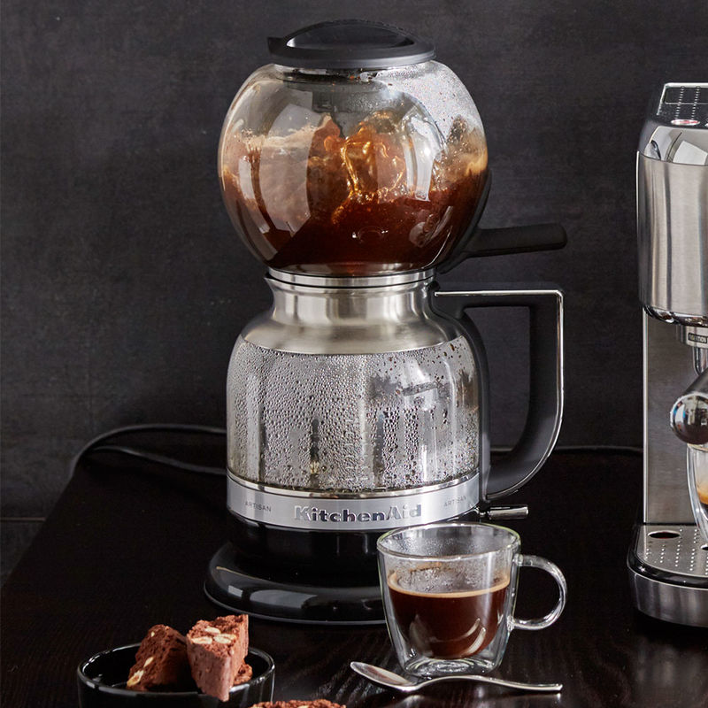 cafeti re d pression kitchenaid le plaisir du caf. Black Bedroom Furniture Sets. Home Design Ideas